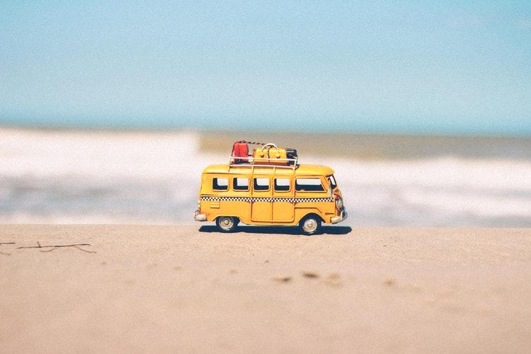 Vous partez en Vacances & Voyages